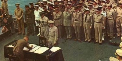 日本战败投降后上缴的武器是如何被处理的,为何美俄都不要?