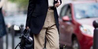米色裤子配什么颜色上衣好看?