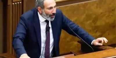 亚美尼亚总理帕希尼扬躲进俄罗斯军营,究竟怕什么?