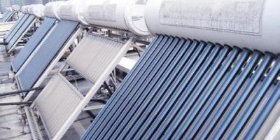 现在很少有人装太阳能热水器了吗?为什么?