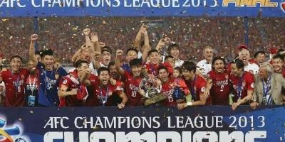2013日本国家队踢得过恒大吗?