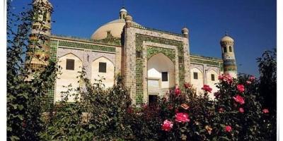 """在新疆喀什的""""香妃墓""""是真的吗?"""