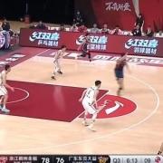 谁能够解释杜锋1秒钟内连续2T符合篮球规则吗?