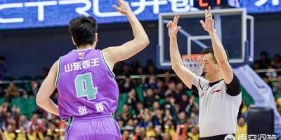 山东男篮后卫张辉,最近5场得分全为0,巩晓彬还会让他上场吗?