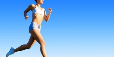 每天跑步是不是很伤膝盖?