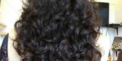 有哪些适合老年人留的长发发型?