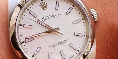 劳力士热门腕表需要搭售这事合理吗?