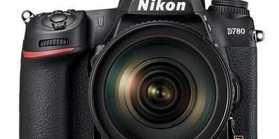 预算一万五,大一科班摄影,选台什么相机好?
