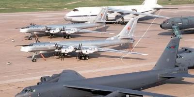 洲际导弹能飞一万多公里,那为什么还要研制轰炸机呢?