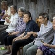 六十到八十岁的老年人,应注意哪些问题呢?