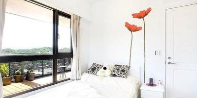 阳台和卧室打通好吗?