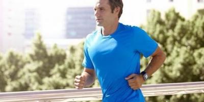 每天早上坚持跑步3公里,一个月后为什么没有瘦反而胖了3公斤?
