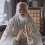 张三丰百岁时才发明太极拳太极剑,那他之前是靠什么纵横天下的?