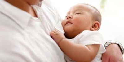 母乳喂养的时候,奶水不足该怎么办?