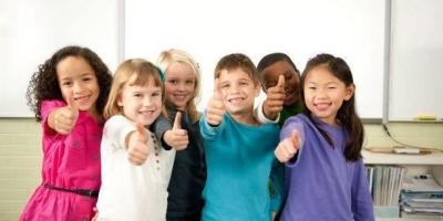 父母怎样陪孩子一起度过小学一年级?