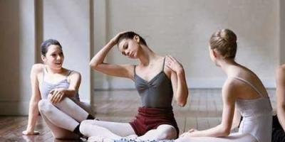 零基础的人可以在家如何自学瑜伽?