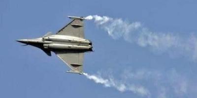 印度已经拥有苏30战机,为何还有购买法国阵风战机?阵风战机比苏30强很多吗?