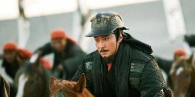 韩信手握三十万大军足以抗衡项羽、刘邦,为何没有选择三分天下?