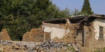 农村荒废的房屋和土地,城镇化怎么盘活?