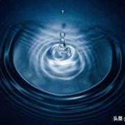 你觉得一滴水该如何平均的分成10万份,甚至100万份?