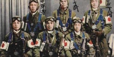二战德国投降时,日本也想投降,为何又坚持了3个月呢?