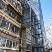 老小区装电梯本是利民之举,一二层不签字,电梯安不了怎么办?
