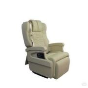 五菱宏光S把后三排的座椅拆了,不拉人也不载货,这样做违法吗?