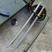 什么军衔的日本军官才能使用指挥刀?