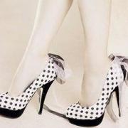 你穿高跟鞋做过的最疯狂的事是什么?