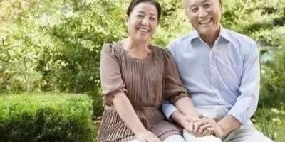 老伴去世,退休公职男找个农村单身妇女陪伴,是明智还是犯傻?