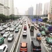 在西宁最不守交规的是哪类车,有哪些依据?