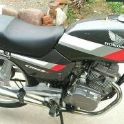 为什么主流摩托车厂商不做150cc双缸发动机?