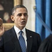 为什么美国总统就职宣誓手按《圣经》,而不是他们的宪法?