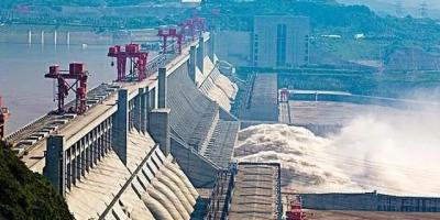 钢筋混凝土是有寿命的,三峡大坝国之重器,到年限该如何处置?