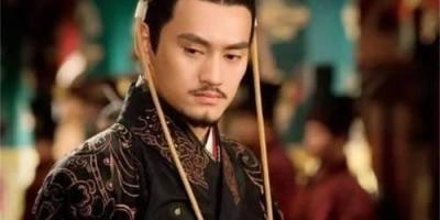 在两汉之间,其实还有十位皇位,没被历史承认,他们都是谁?
