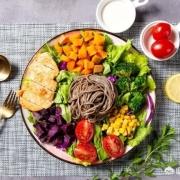 减肥期间,早上一杯牛奶一个鸡蛋、中午半碗米饭吃点菜、晚上一个鸡蛋,为什么还是不瘦?