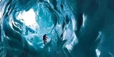 水在105摄氏度时会结冰,是真的吗?类似这样的反物理现象还有哪些?