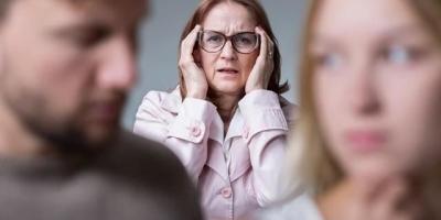 为什么很多家庭一到过年就吵架?