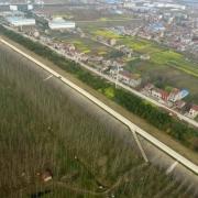 为什么不把长江大堤修成高速公路?