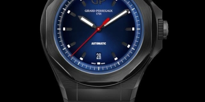 40岁左右的人买什么表好(五万左右的)?假如买劳力士手表,在恒隆买好吗?