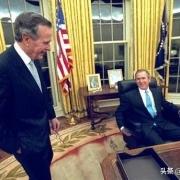 小布什当选美国🇺🇸总统时,老布什会怎么想?