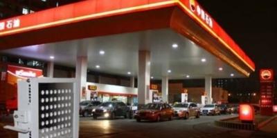 为什么加油站里很少会看到大货车加油?大货车加油都会去哪里加油呢?