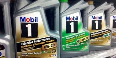 换了不知名的全合成机油后动力增加,比原来省油,但发动机噪音大了,怎么解释?