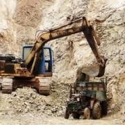 自己的宅基地可以随便挖吗?可以挖几十米深吗?