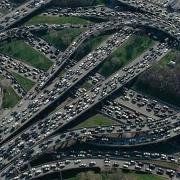 国内最长的堵车时间是多长,堵车时大家都干了什么?