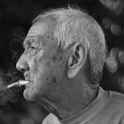 65岁以上吸烟者戒烟有哪些益处?