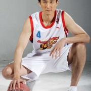 为什么年轻球员喜欢在广东队打球而成名的球员却不想加入广东队?