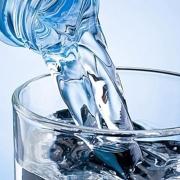长期喝纯净水和长期喝自来水,对身体有什么影响?
