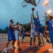 为什么打篮球半场打的很好,打全场反而什么都不会了?