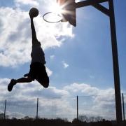 打篮球对什么有好处?